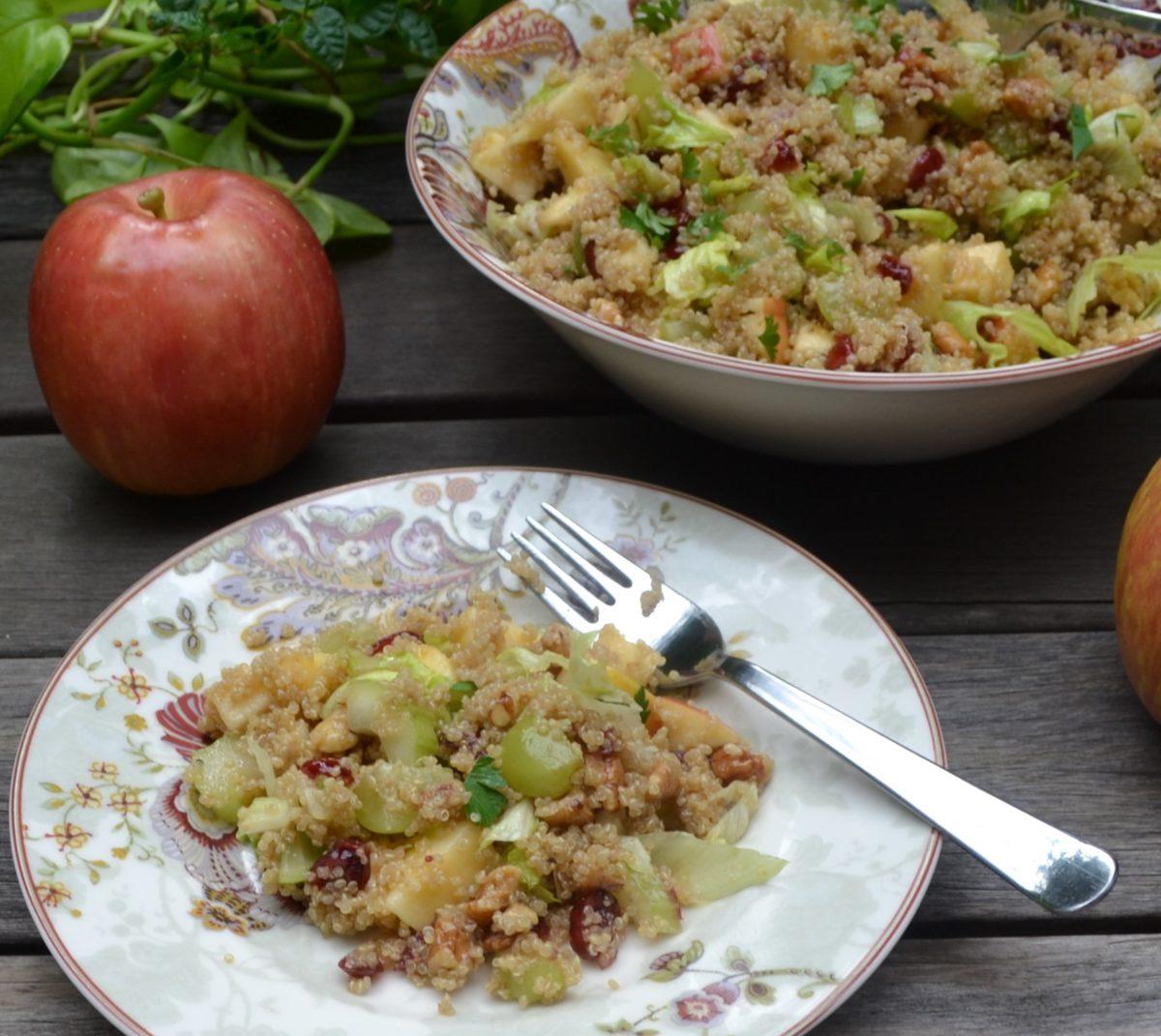 キノアと林檎のサラダ