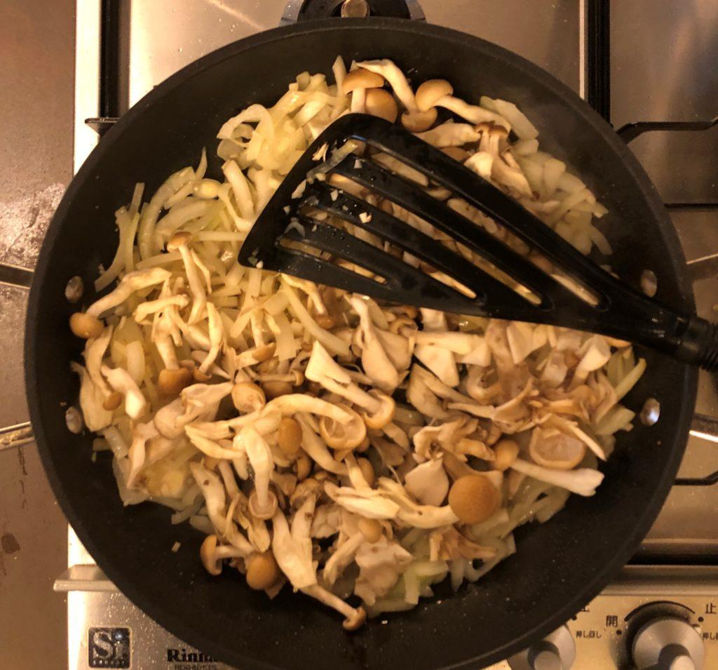 鶏肉と茸のクリーム煮