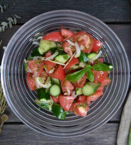 胡瓜とトマトのサラダ