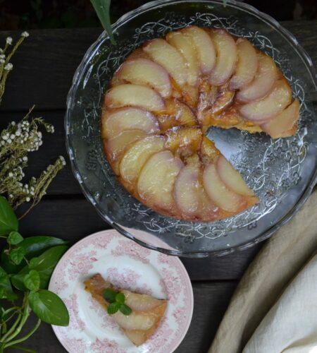 桃のアップサイドダウンケーキ